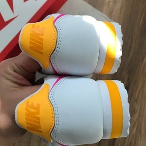 Nike Shoes - Nike classic cortez